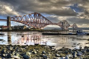 the forth bridge Edimbourg
